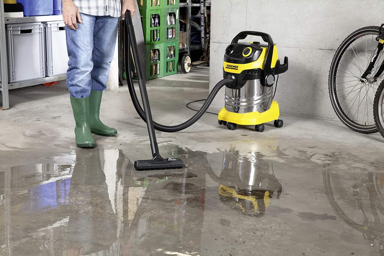 aspirateur a eau pour garage et atelier