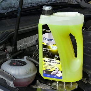 remplissage liquide de refroidissement